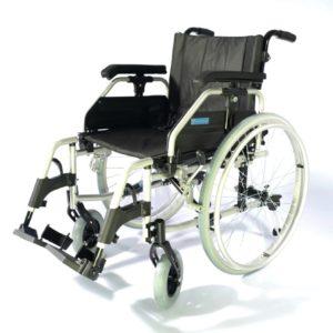 Кресло-коляска инвалидная облегченная алюминиевая комнатная/прогулочная складная LY-710 (710-030/42) Tommy, на литых колесах